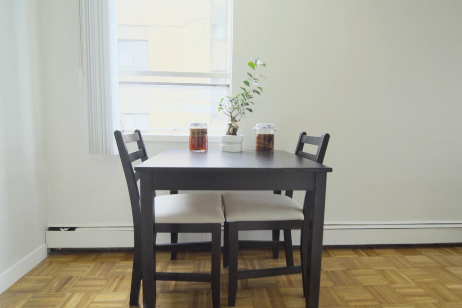 small_space_studio_apartment_rental_design_ideas