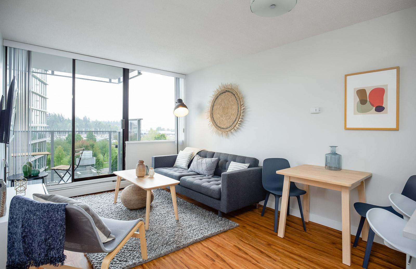 Hollyburn Harbourview 1Bedroom Furnished Rental living room 604