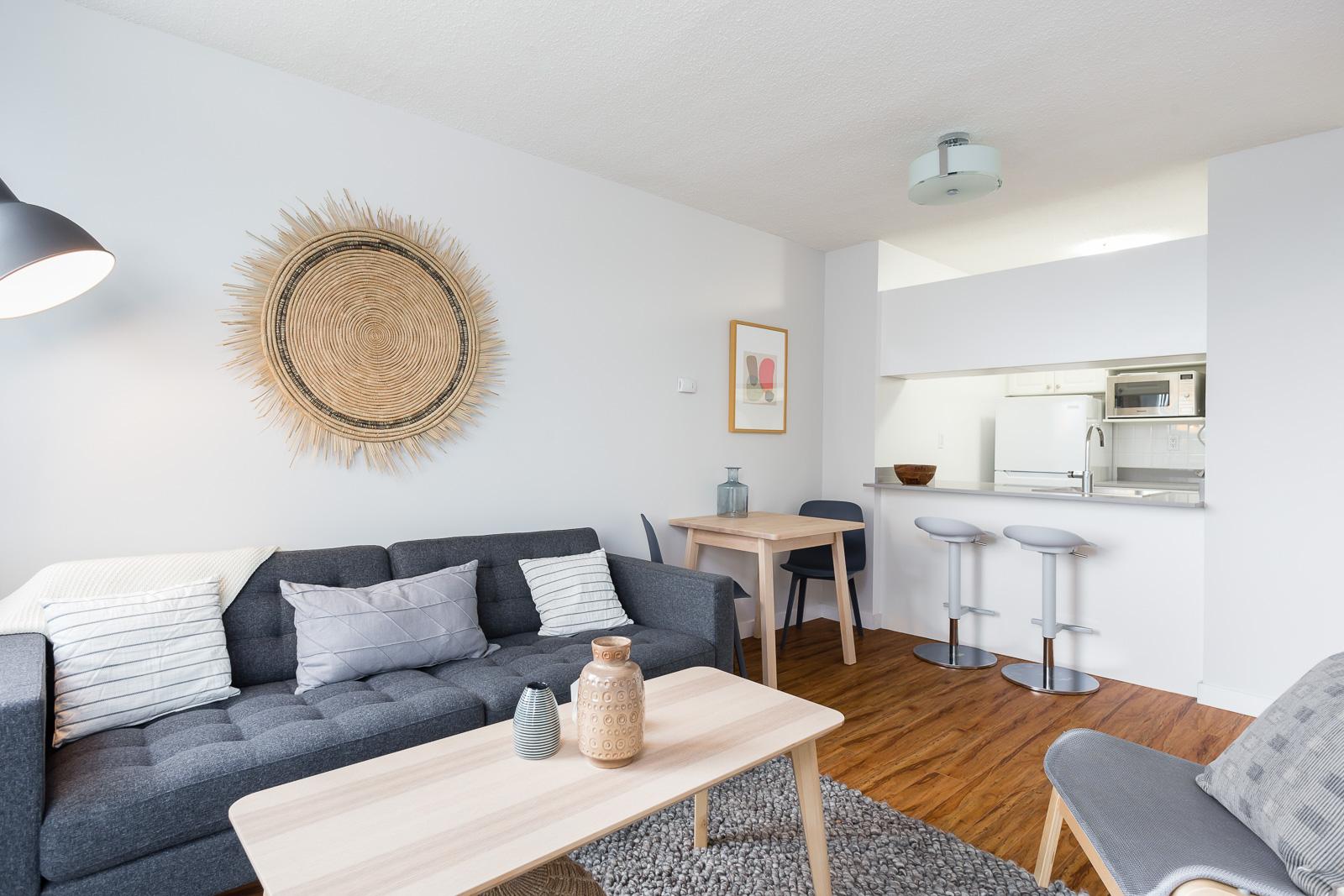 Hollyburn Harbourview 1Bedroom Furnished Rental living room 7 604