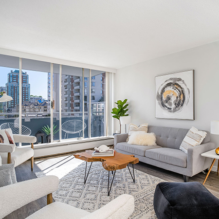 Central-Plaza-Vancouver-Apartments-Hollyburn